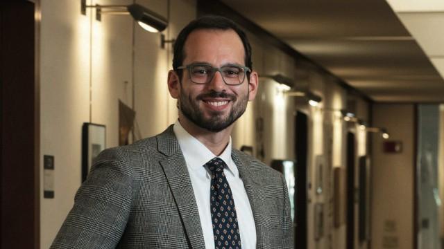 Andrew Manuel Crespo