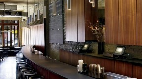 Minimalist décor that is both restful and dynamic allows the food to shine.