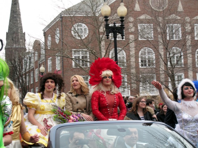 Danes with members of the Hasty Pudding Theatricals during the parade.