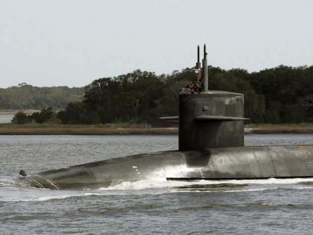 The USS <i>Wyoming</i>, an Ohio-class nuclear ballistic-missile armed submarine, transits the Intracoastal Waterway in 2009.