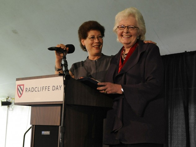 Radcliffe Institute dean Lizabeth Cohen awards the Radcliffe Medal to Margaret Marshall.