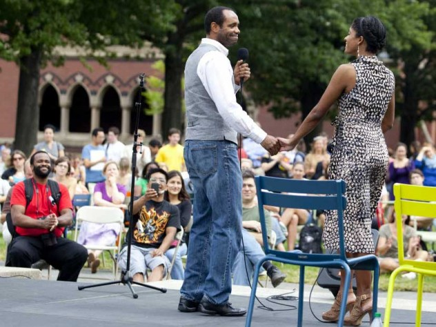 """<i>Porgy and Bess</i> ensemble members Nathaniel Stampley (on left) and Alicia Hall Moran sang """"Bess You Is My Woman Now,"""" outside the Science Center during the production's run at the ART."""