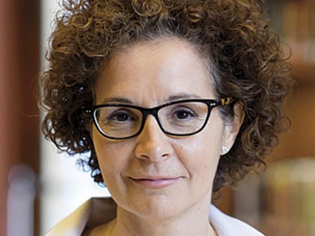 Mia Karvonides