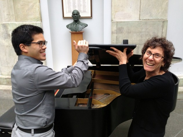"Clinical instructor in medicine Martha Ellen Katz with pianist Alvin Chen, HMS '15, who also performed ""<i>Widmung,</i>"" as well as Chopin's Andante Spianato and Grande Polonaise, op. 22."