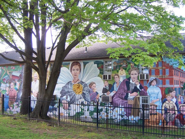 <i>Amherst Community History Mural</i>