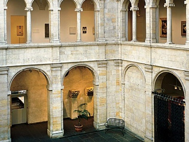 The original Calderwood Courtyard, a national landmark designed by Coolidge, Shepley, Bulfinch & Abbott, with its travertine marble arcades, will be restored to its place at the heart of the museum.