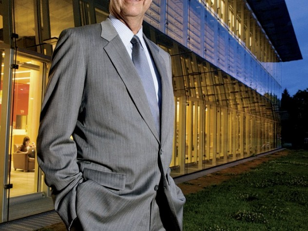 William Rawn in front of the Cambridge Public Library's new main building, which opened in 2009