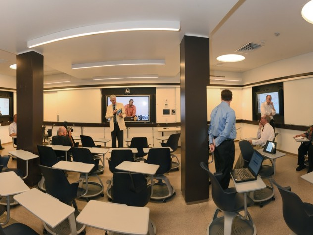 A state-of-the-art smart classroom, complete with Mondopads and document cameras, has already been reserved for six courses, on topics ranging from DNA transport to French.