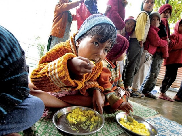 A meal at the Mobile Crèches center in Gurgaon