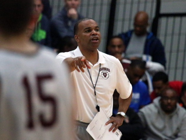 At his eighth annual coaching clinic, men's basketball head coach Tommy Amaker led a Harvard practice while explaining his approach.