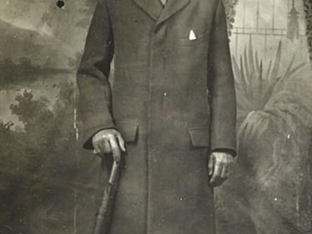 A circa 1916 portrait of the ever-dapper Charles Gibson Jr.
