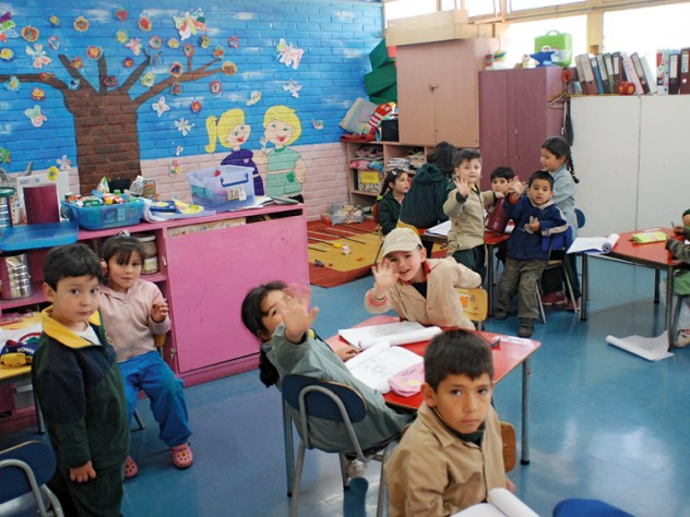 "A classroom in Peñalolén (a neighborhood of Santiago, Chile) where ""Un Buen Comienzo"" is being implemented"