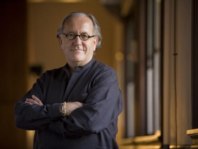 Anrig professor of educational leadership Richard Elmore