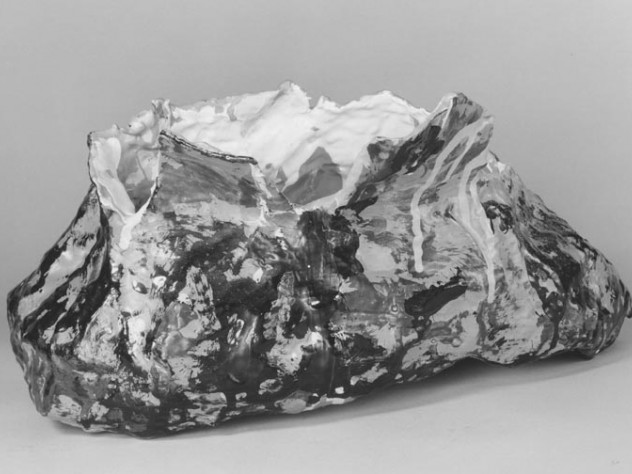 Claes Oldenburg, Baked Potato, 1963. Exterior skin and two pieces of butter: burlap soaked in plaster, painted with enamel; interior: jersey stuffed with kapok, 17.6 x 35.1 x 24 cm