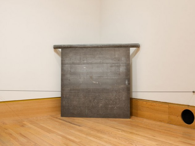 Richard Serra, Untitled (Corner Prop Piece), 1969. Lead plate and lead pole rolled around one inch steel pipe; plate: 121.9 x 121.9 cm; pole: 151.8 cm, diam.: 7.6 cm