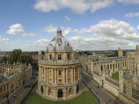 Five Harvard seniors and one graduate will attend Oxford University in October 2014.
